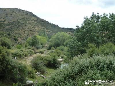 Descendiendo el Río Aceña; vip;excursiones por la sierra de madrid madrid joven
